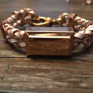 Henri Bendel rose gold bracelet with clasp